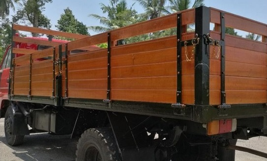 balau and keranji timber lorry body