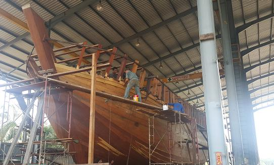 chengal wooden boat